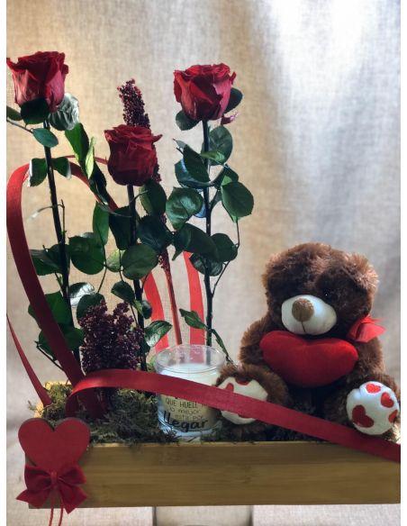 Centro de rosas preservadas con peluche mod.2